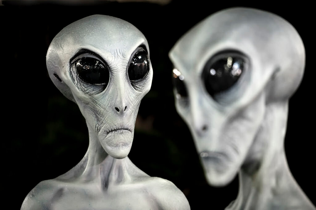 Прилетают ли к нам инопланетяне.