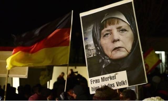 Меркель призвала запретить в Германии паранджу