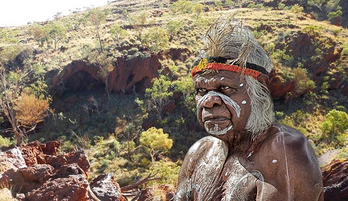 Ради чего в наши дни уничтожили древние артефекты аборигенов Австралии, которые были созданы 46 000 лет назад