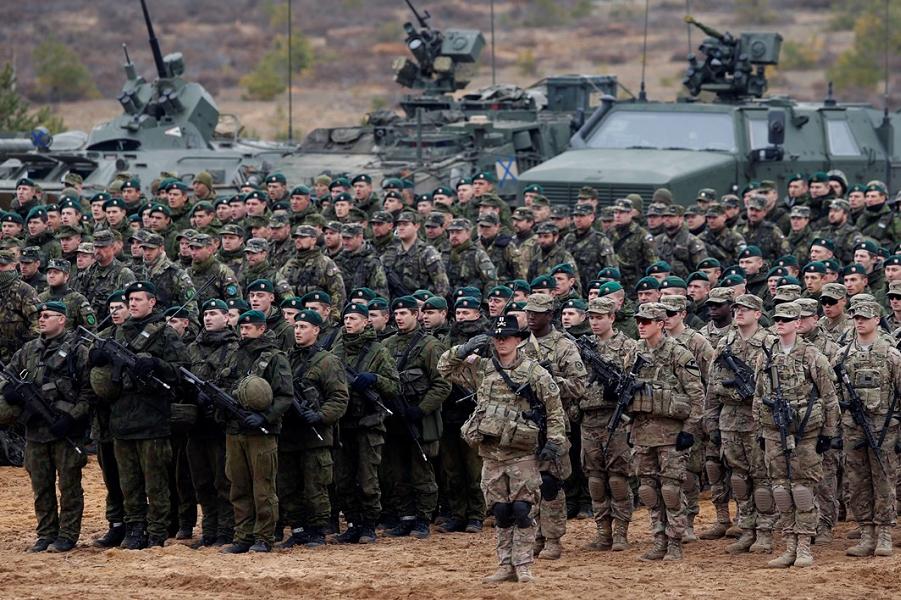 НАТО против раздела мира на …