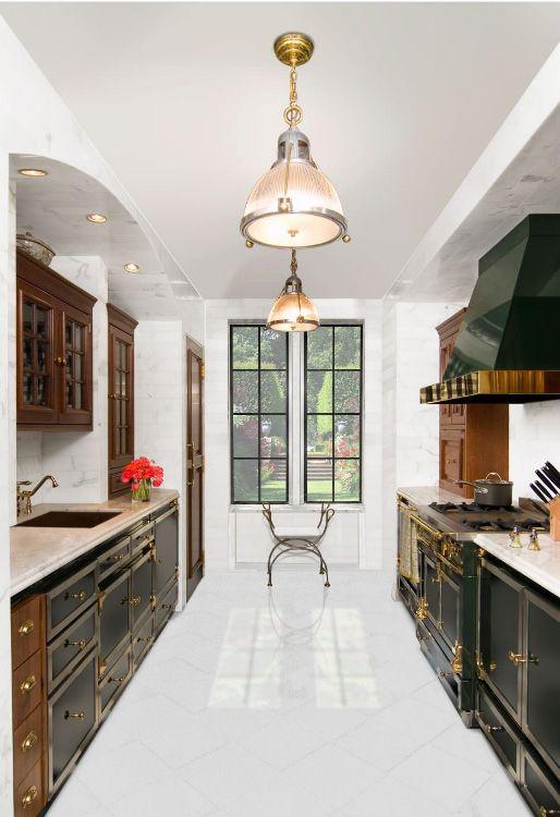 Если квартира имеет просторную планировку с широким коридором, снесение стен не понадобится