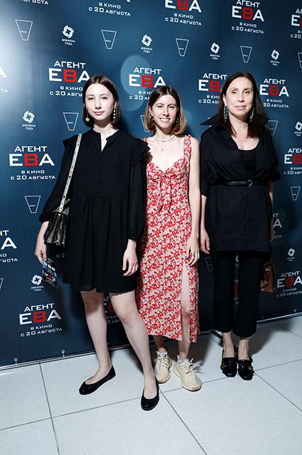 Ирина Меладзе с дочерьми, Мария Миногарова и другие на премьере фильма в Москве Светская жизнь