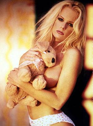 Фаллос искусственная фильмы с участием порноактрисы никки блонд порно ретро зрелых