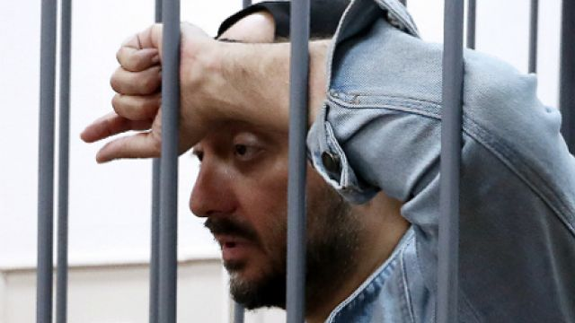Отец Виктора Цоя прокомментировал арест Серебренникова