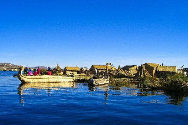 Уникальные плавучие острова озера Титикака