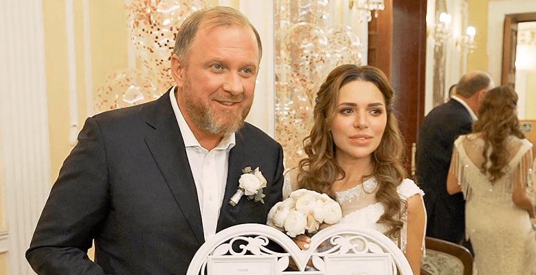 Константин Ивлев женился на …