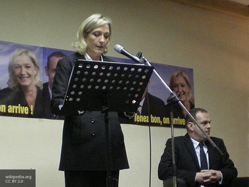 Французские СМИ сообщили об ультиматуме Ле Пен для Макрона новости,события,политика