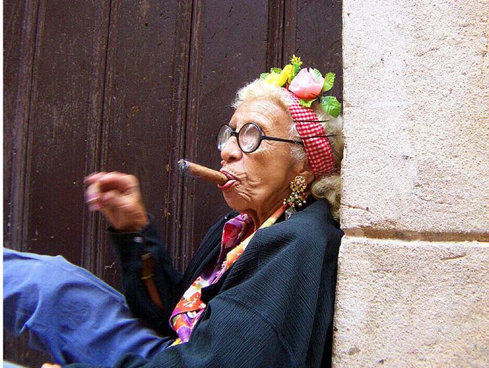 Курящие старушки картинки