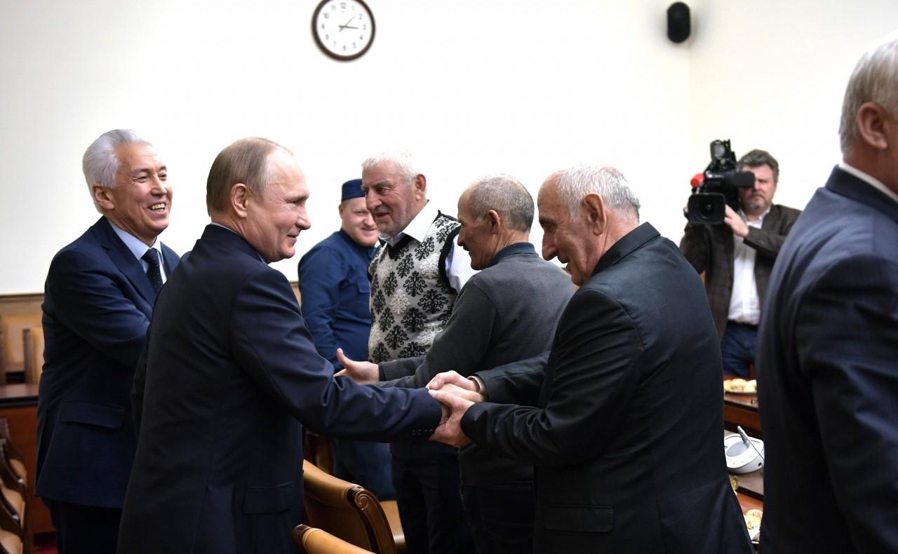 Встреча с представителями общественности Дагестана