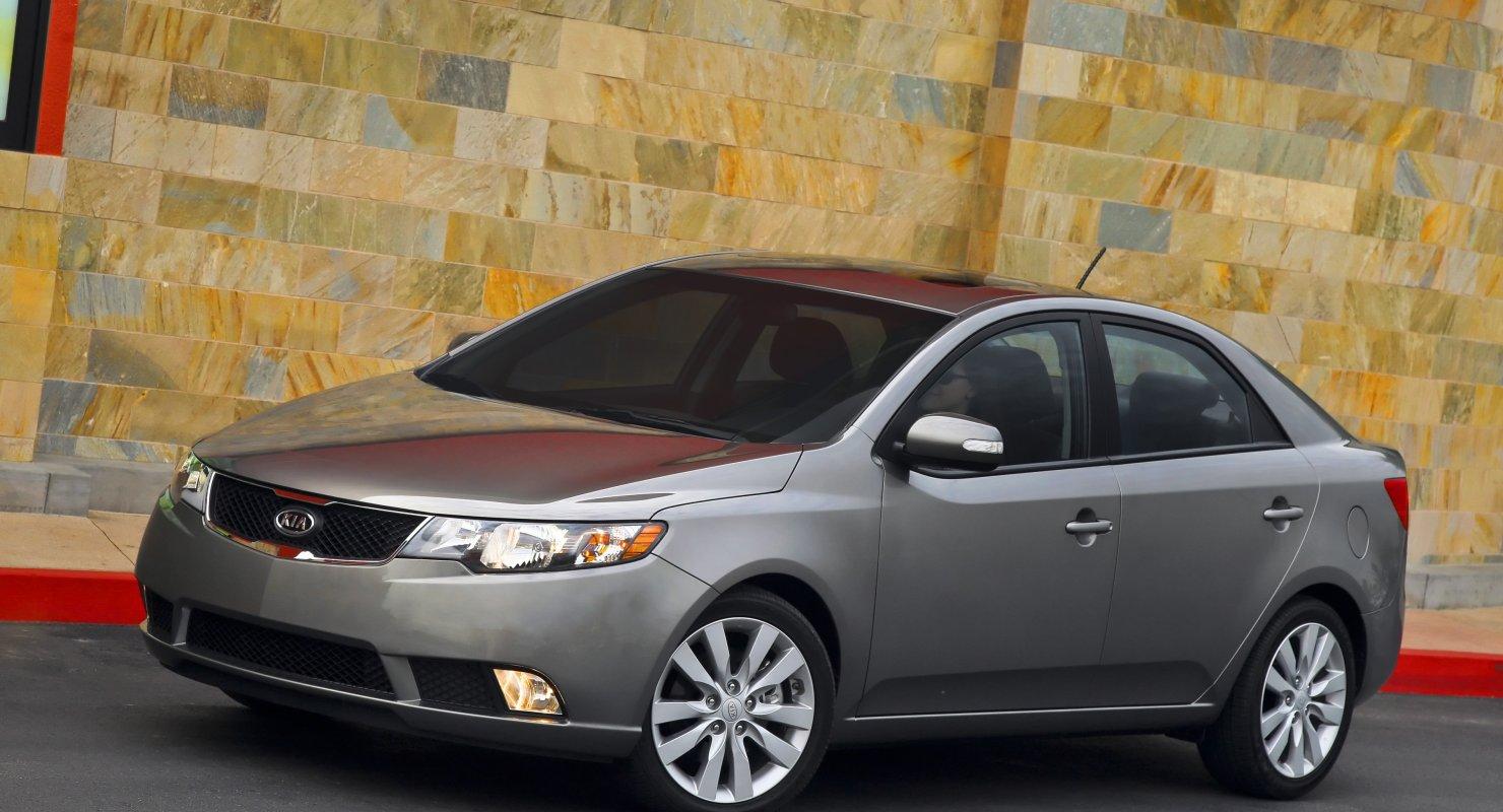 Семейный автомобиль корейской разработки — KIA Forte Автомобили