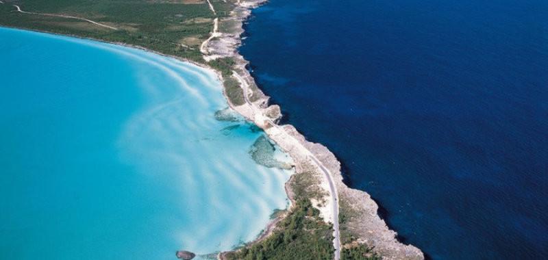 Контраст между водами Карибского моря и Атлантического океана. контраст, природа, реки, слияние
