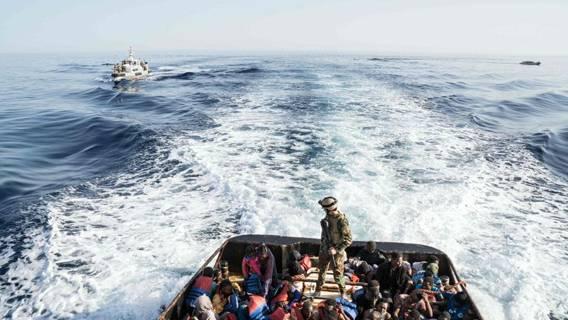 В этом году Ла-Манш может пересечь рекордное число мигрантов