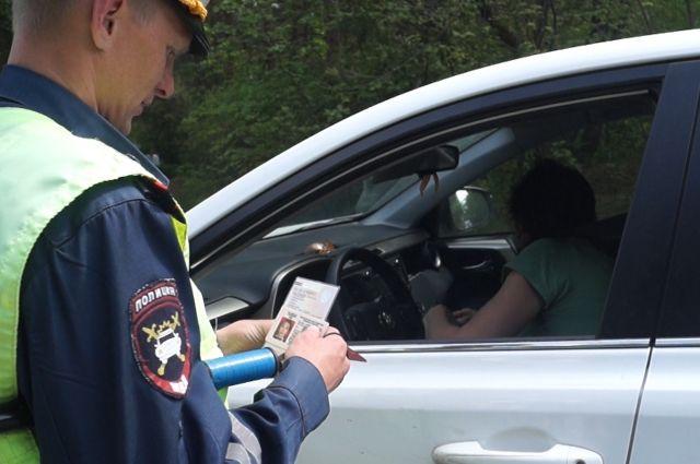 Московского водителя оштрафовали за тень от его машины — СМИ