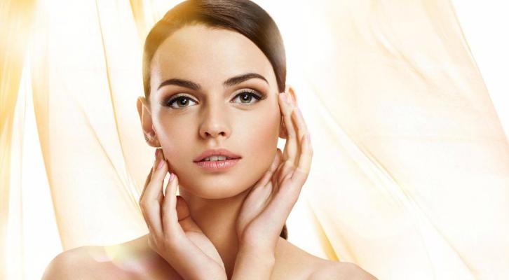 Тотальное восстановление: 12 бьюти-продуктов для красоты кожи и волос