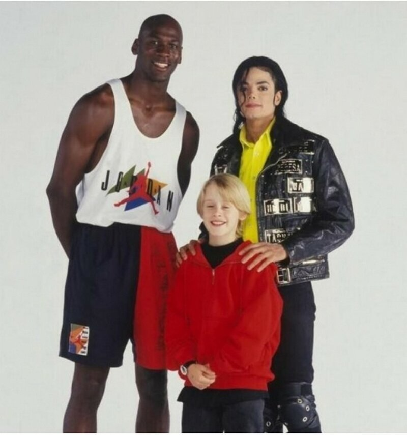 Вся эпоха в одном фото 90-е, вещи, воспоминания, забавно, люди, ностальгия, примета, эпоха