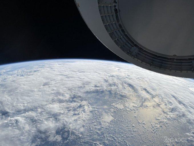 Путешественник-миллиардер Айзекман снял Землю при помощи iPhone