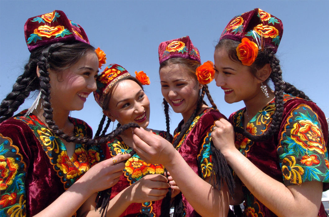 Узбекистан волосы, прическа