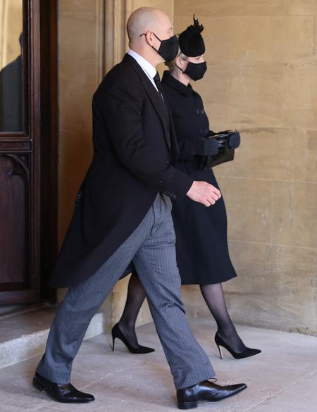 Принцесса Евгения и Зара Тиндалл впервые вышли в свет после родов Монархи,Британские монархи