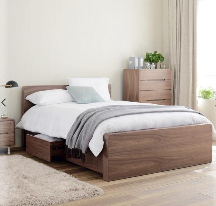 Отличные способы освободить место в маленькой спальне