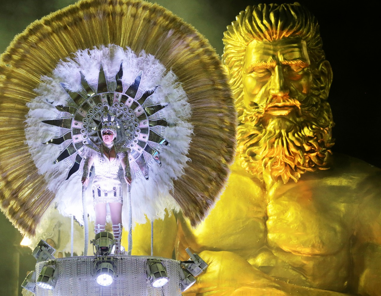 Карнавал в Рио 2019 года (3).jpg