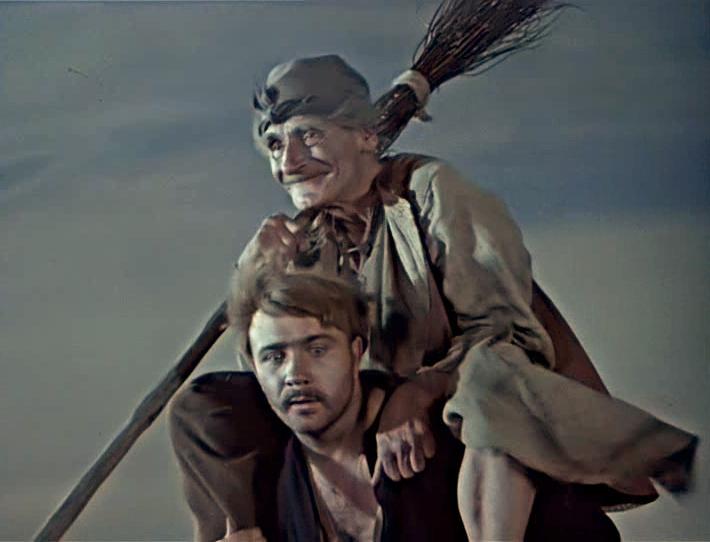 """Николай Кутузов. Мастер эпизода, знакомый каждому из нас по роли старой ведьмы в фильме """"Вий""""."""