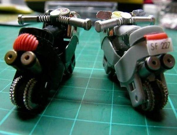 С фантазией порядок - как из двух зажигалок сделать мотоцикл