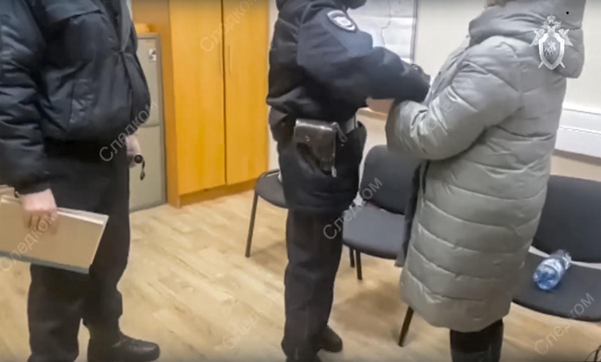 Кировские следователи спровоцировали кризис: более 1000 медиков написали заявления об увольнении
