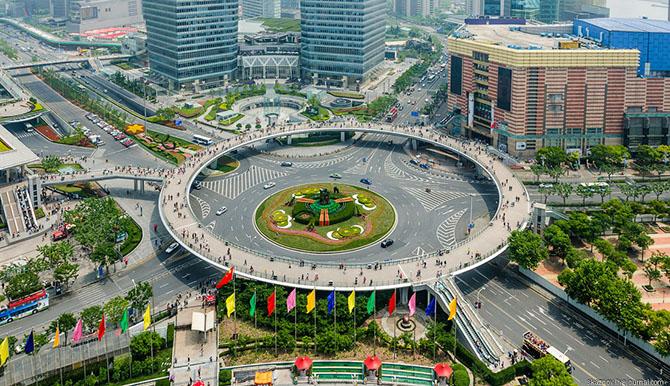 ЭКСКУРСИОН. Необычный пешеходный переход в Шанхае