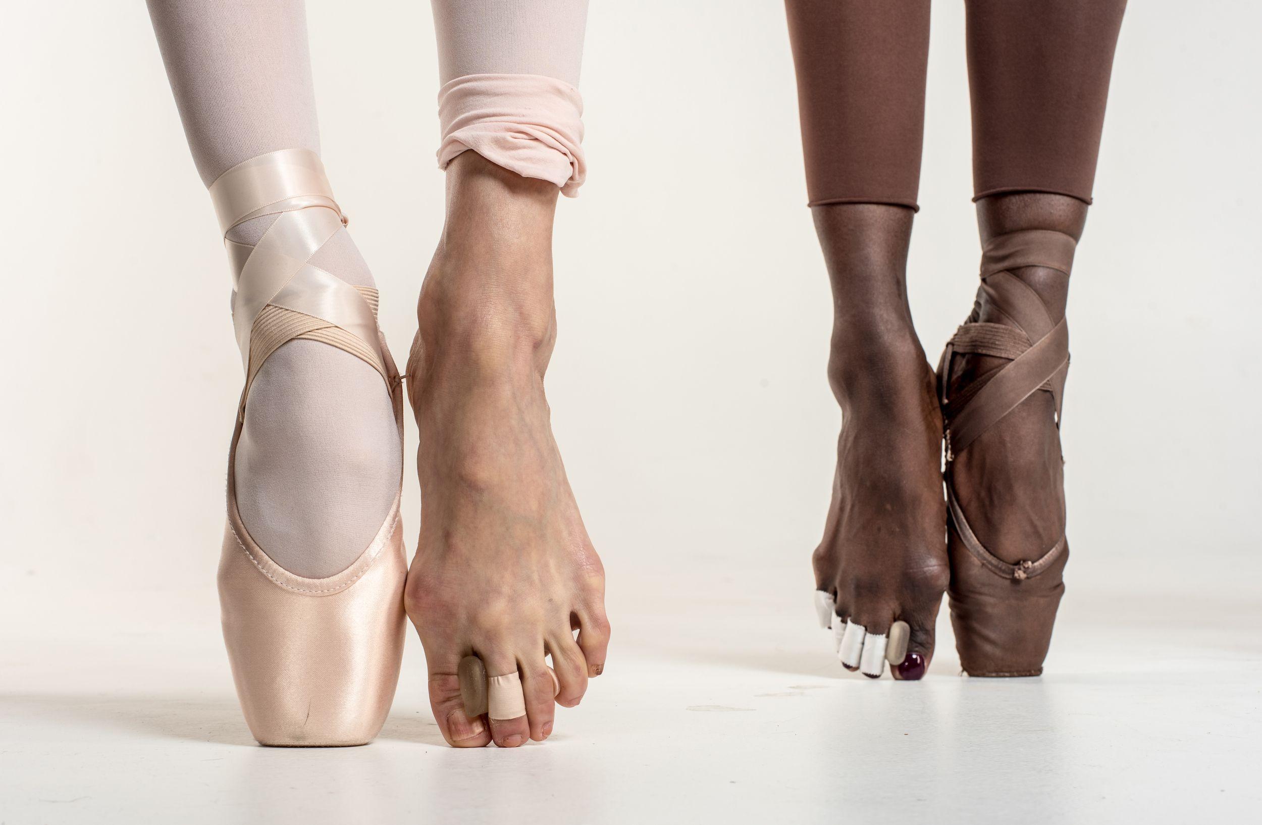 украсить ноги балерин без пуант картинки присутствующих портретах учёных