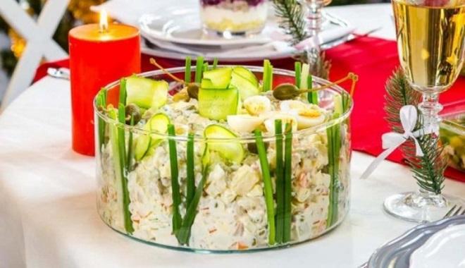 украшение салатов огурцом на новый год