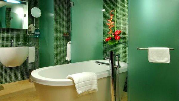 зеленая плитка для ванной комнаты фото дизайн