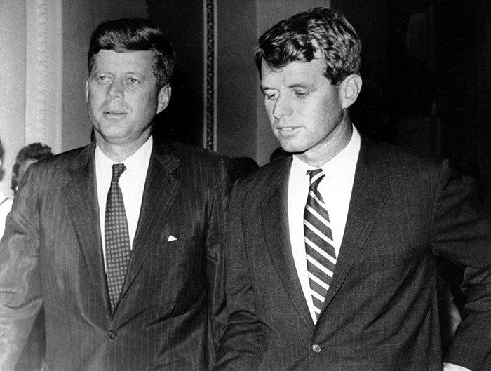 Джон и Роберт Кеннеди. / Фото: www.sntch.com