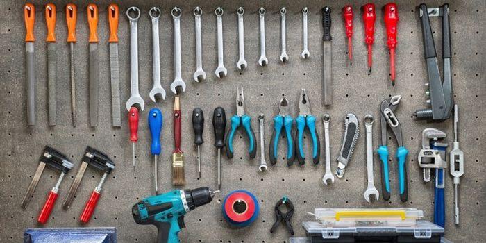 Инструменты, которые пригодятся каждой девушке