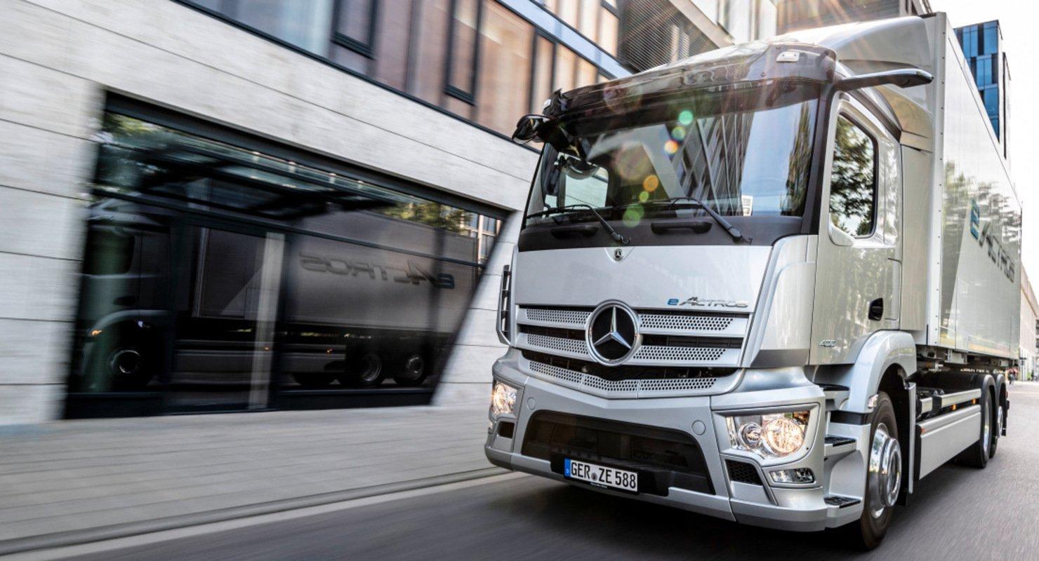 Первый грузовик Mercedes-Benz на электротяге поступил в производство Автомобили