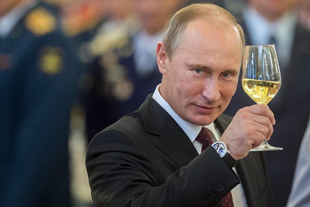 Маразм продолжается: Путин н…