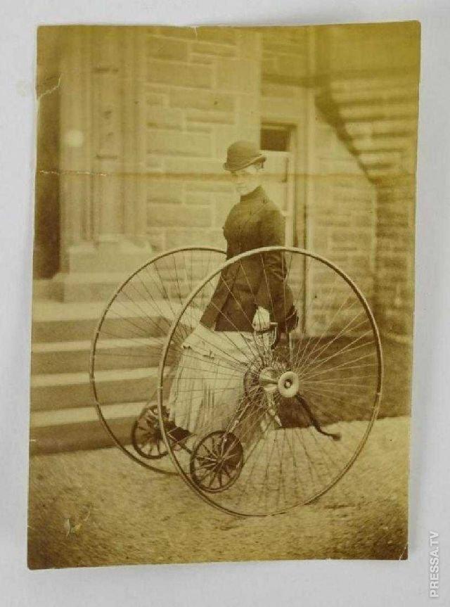 Необычное изобретение Эдварда Отто - велосипед с параллельными колесами