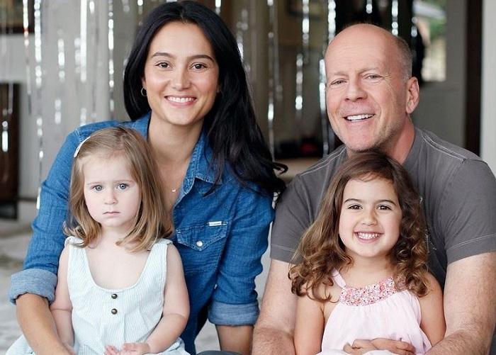 Новая семья Брюса Уиллиса.