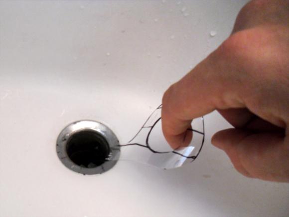 Гениальное изобретение для очистки слива от волос для дома и дачи,мастер-класс,сделай сам