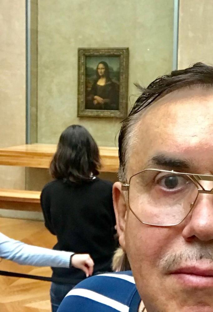"""Говорят, если долго смотреть на """"Мону Лизу""""..."""