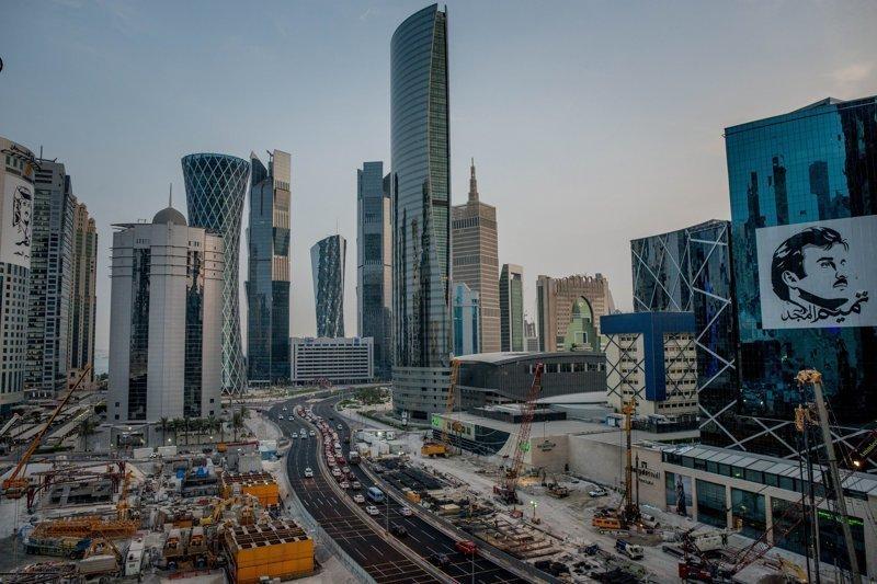 Крошечный и богатый Катар: как эмират расплачивается за свою независимость?