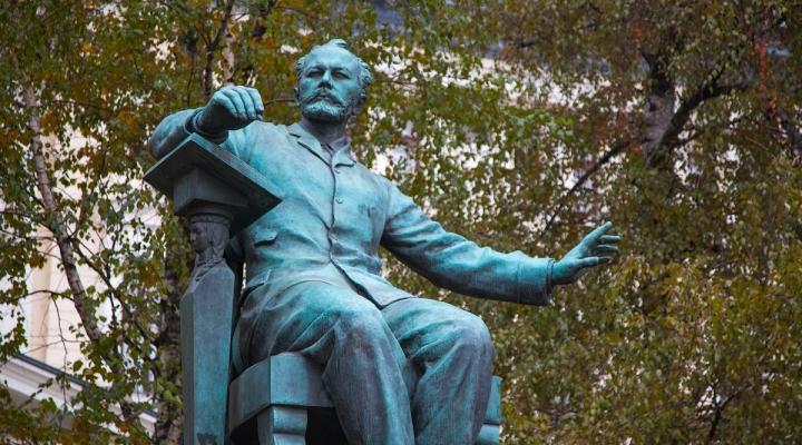 В Санкт-Петербурге решат, кто станет архитектором памятника Чайковскому