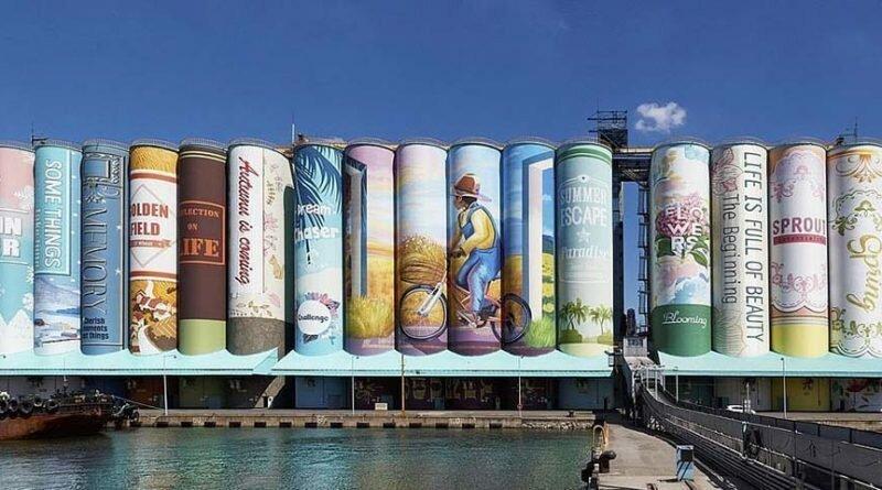 Художники использовали более 850 тыс. литров краски, чтобы превратить южнокорейское зернохранилище в крупнейший в мире мурал