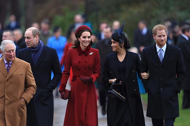 Принц Гарри впервые с момента интервью Опре Уинфри поговорил с отцом и братом. Это был неудачный разговор Монархии