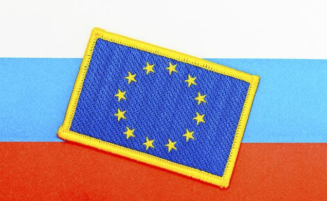 Эстония пообещала задушить Россию санкциями