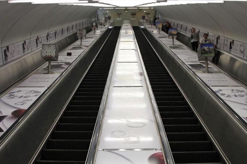 Лестница в небо: 10 самых длинных эскалаторов в мире