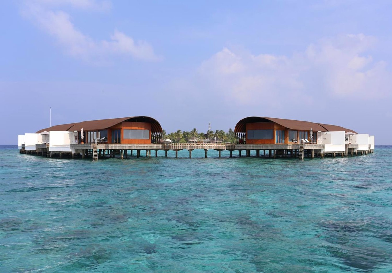 Отель The Westin Maldives Miriandhoo Resort на Мальдивах