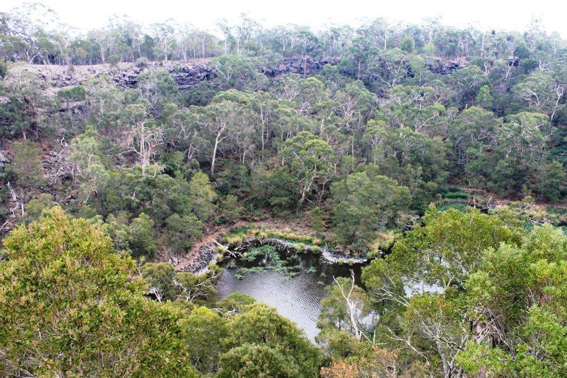 Аборигены Австралии 40 000 лет передавали своим потомкам легенду о вулкане Путешествия,фото