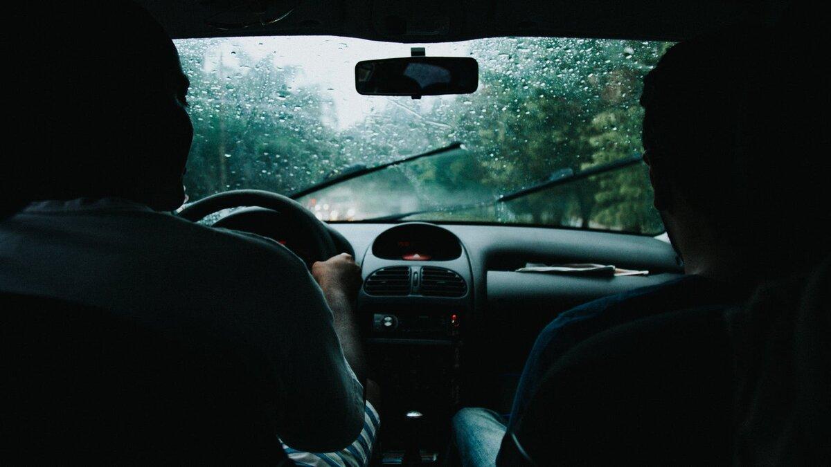 Почему изношенные резинки стеклоочистителей - это не только разводы на стекле, но и скорая замена лобового авто и мото,автомобиль,Делимся опытом