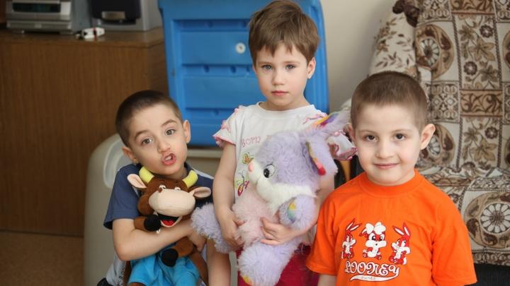 """Успеть за 24 часа: Детей начнут изымать из семей """"экспресс-способом"""" россия"""