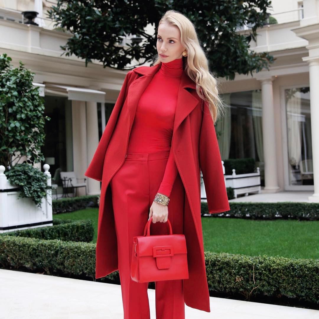 С чем стильно носить красные брюки и джинсы осенью ИНТЕРНЕТ ШКАТУЛКА,красные брюки и джинсы,красные брюки и джинсы осенью,мода